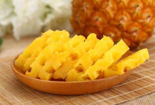 菠萝, 水果中的维生素明星 可解腻、止渴、醒酒