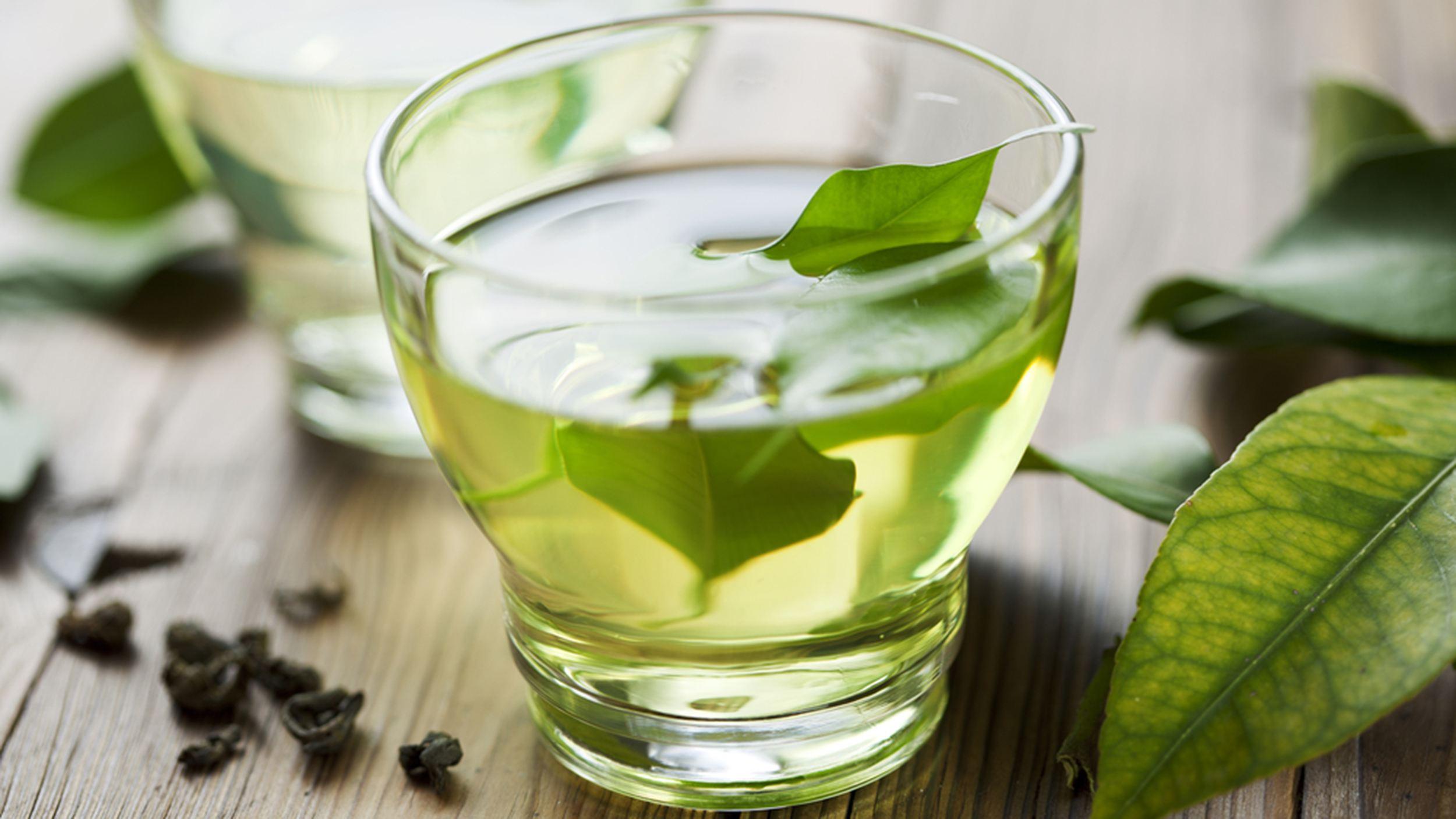 喝绿茶吃胡萝卜可治老年痴呆