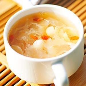 心情不好,喝一碗莲子百合蛋黄汤!不行,那就两碗