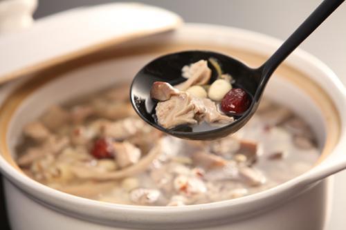 一碗松子粳米粥!可以养阴生津、健脾胃补肺气