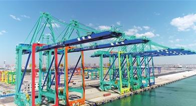 """智能设备不断落地 天津港打造""""零碳""""码头"""